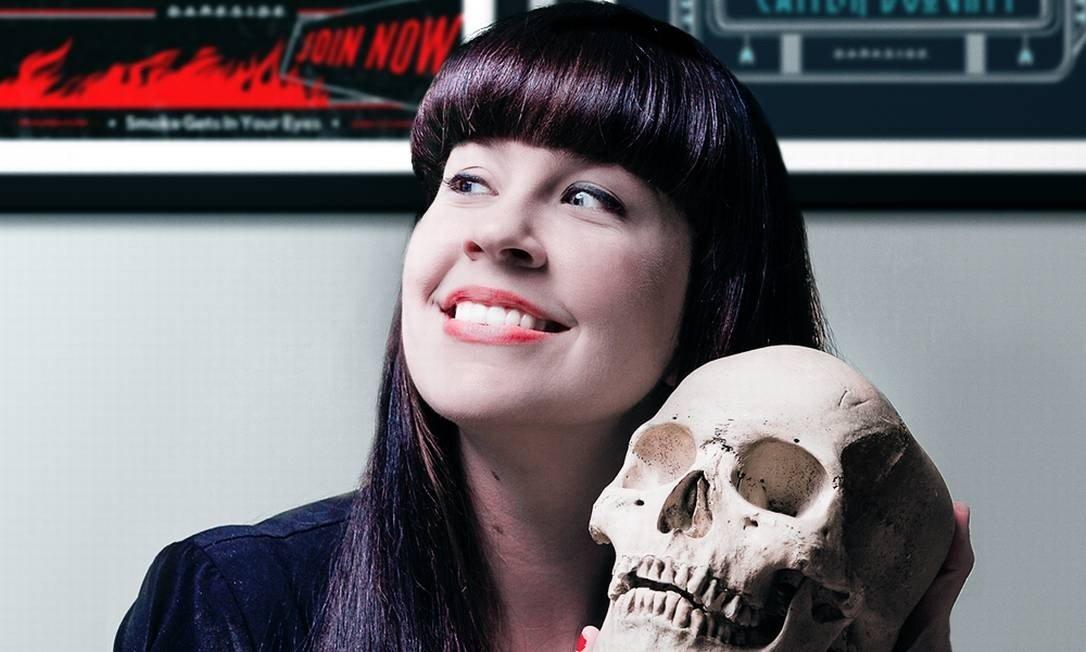 youtuber funerária Caitlin Doughty